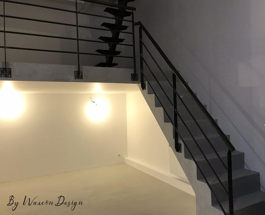 escalier en beton cire gris souris
