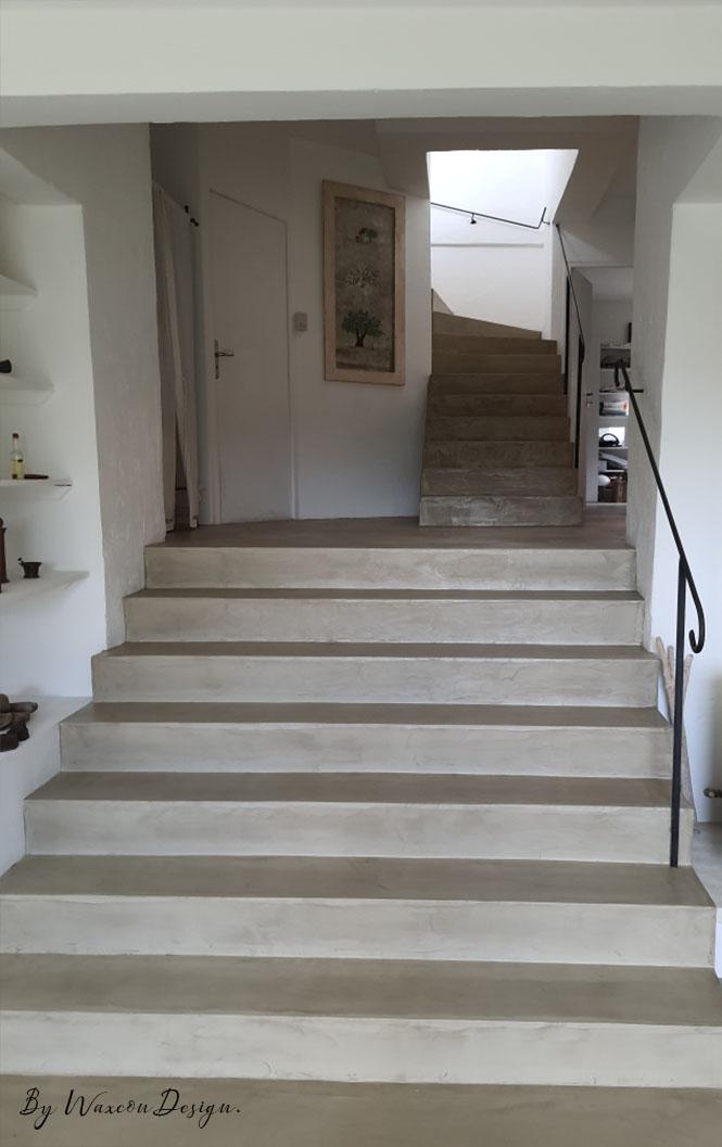 escalier en beton cire naturel